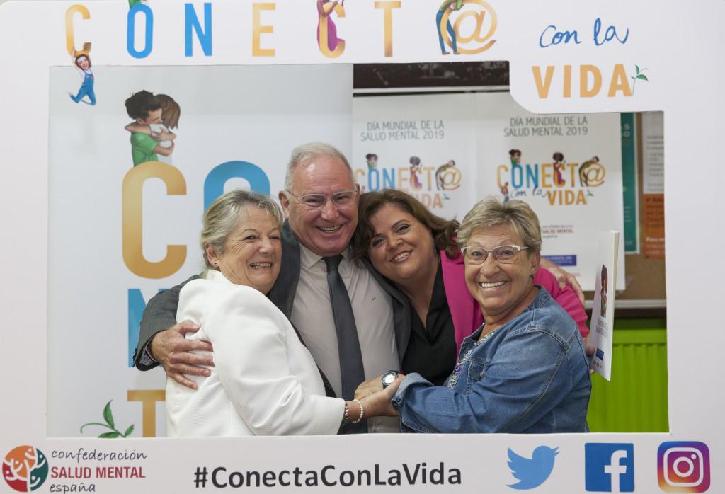 Campaña Abrazos SALUD MENTAL ESPAÑA