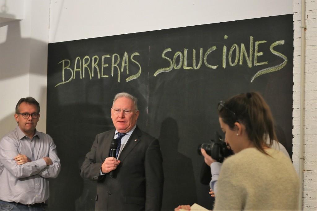 El presidente de SALUD MENTAL ESPAÑA en la presentación de Diversamente