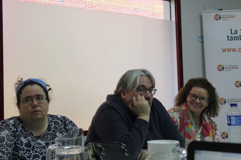 Uxua, Víctor y Esther en reunión Comité Pro Salud Mental en Primera Persona febrero 2019