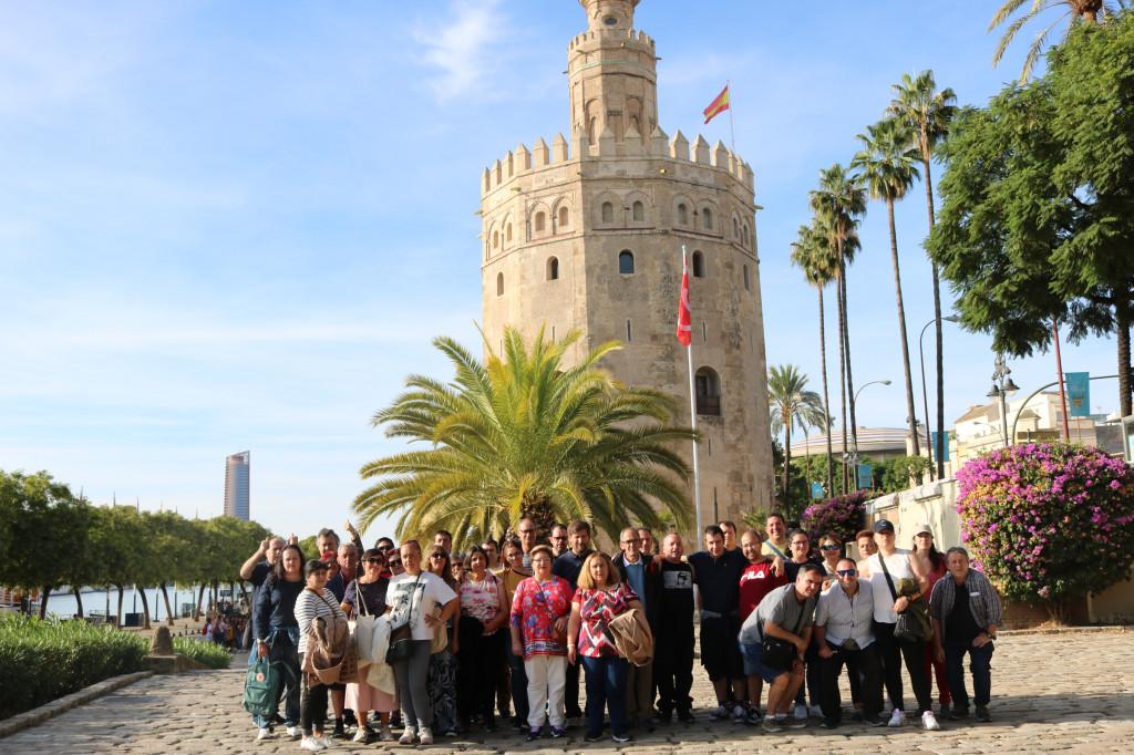 Uno de los grupos que viajó a Sevilla