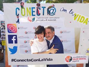 Abrazo con Miguel Ángel Revilla