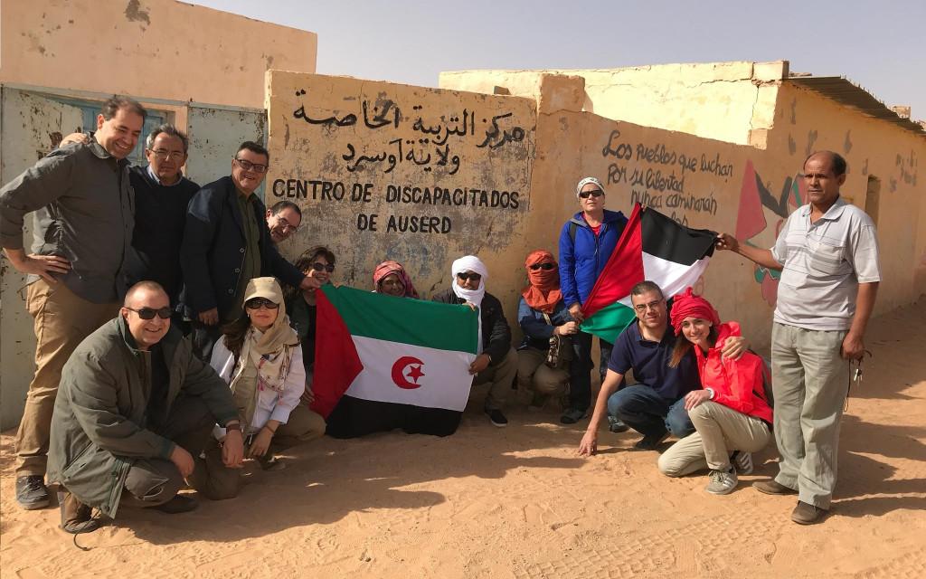 El grupo de participantes durante una visita un centro de personas con discapacidad